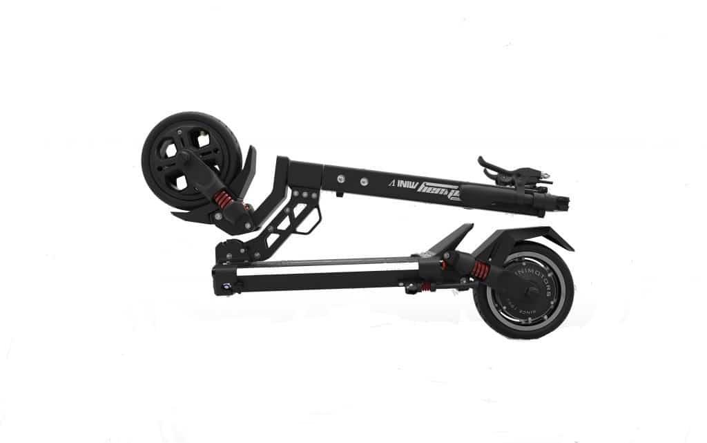 Trottinette électrique Speedway Mini 5 pliée